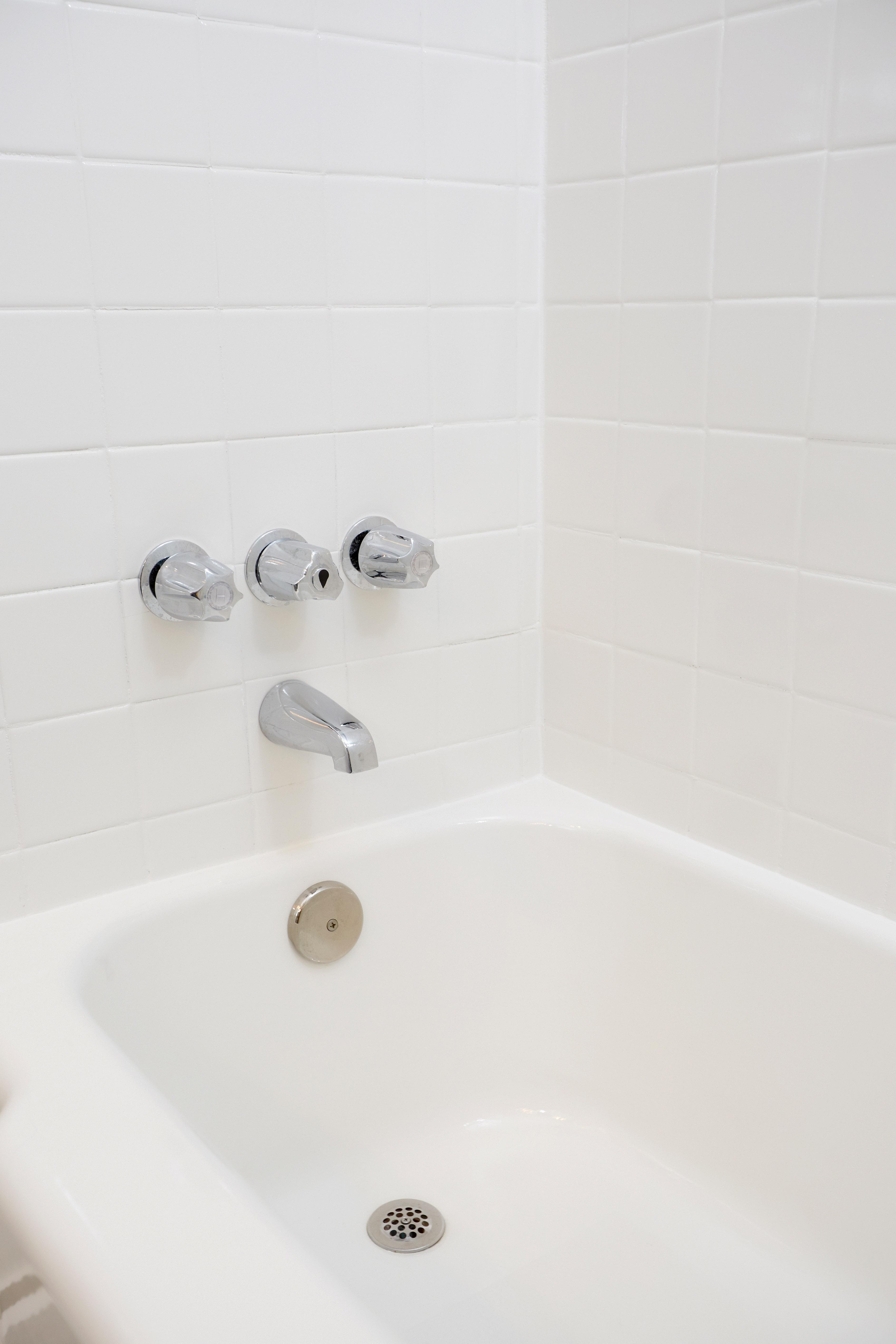 cost resurface bathtub. bathroom refinishing cost cintinel resurface bathtub